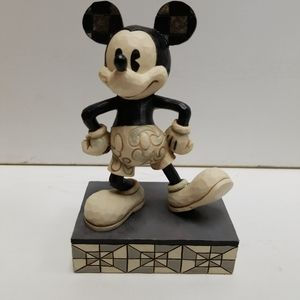 """Jim shore show case collection mickey mouse 5.5"""""""